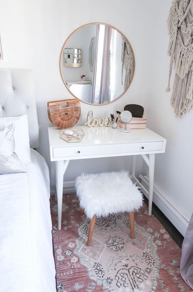 round-regular-mirror..-675x1022 Hottest 50+ Stylish Makeup Vanity Ideas