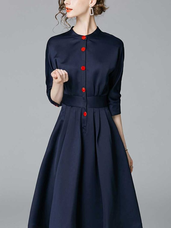 shirt-dress-2-675x900 What Women Should Wear for a Business Meeting [60+ Outfit Ideas]