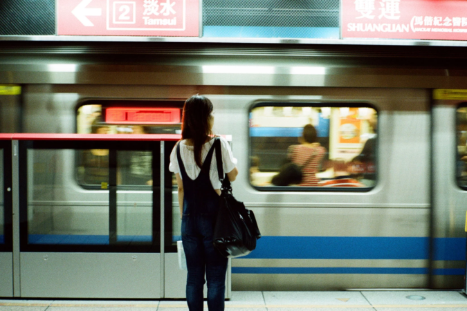 tourist-traveler-public-transport-675x450 5 Things You Should Absolutely Do While Traveling