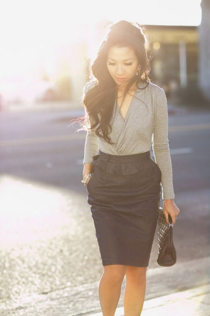 women-business-outfit-skirt-and-shirt-675x1013 What Women Should Wear for a Business Meeting [60+ Outfit Ideas]