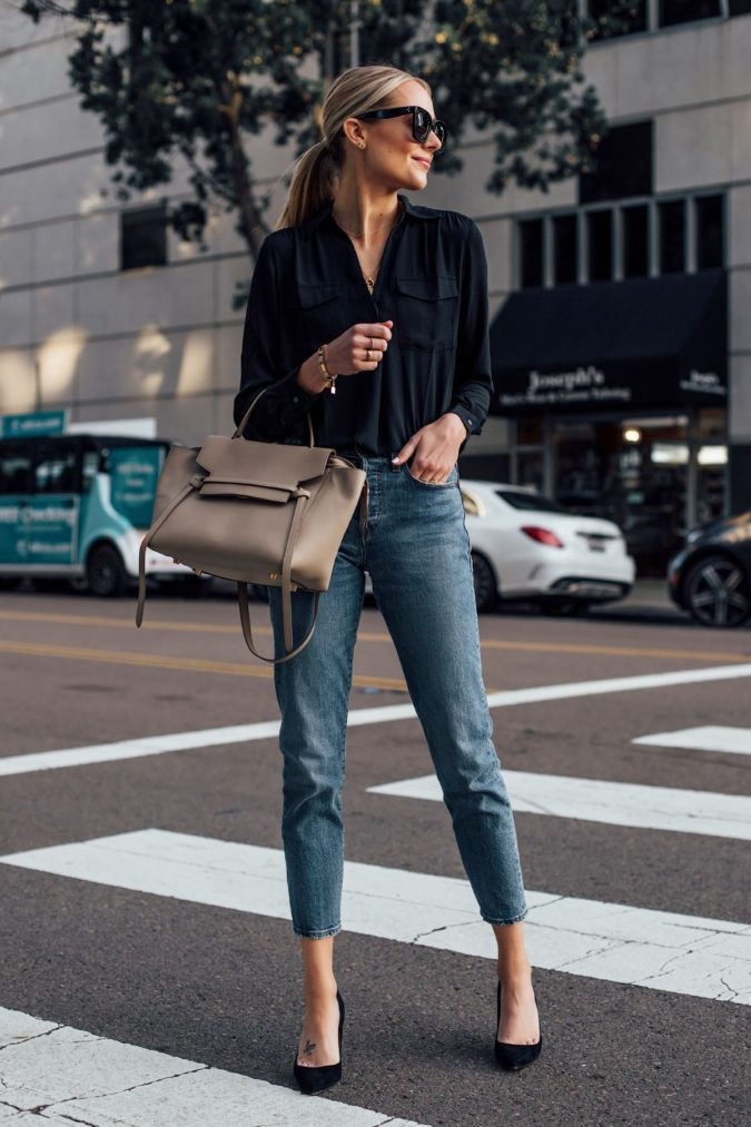 women-outfit-jeans-black-shirt-675x1013 What Women Should Wear for a Business Meeting [60+ Outfit Ideas]