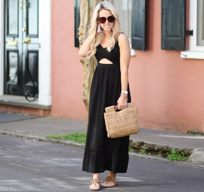 Breezy-maxi-dress.-2-675x636 140 First-Date Outfit Ideas That Make You Special