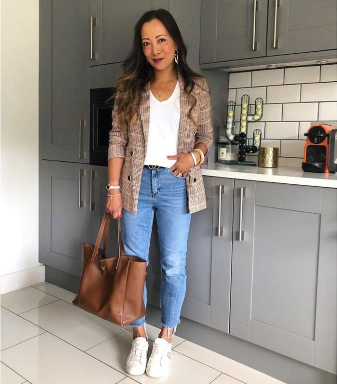 Casual-jacket-1-675x771 140 First-Date Outfit Ideas That Make You Special
