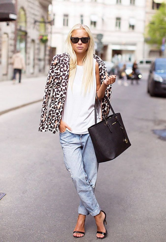 Casual-jacket.-4-675x984 140 First-Date Outfit Ideas That Make You Special