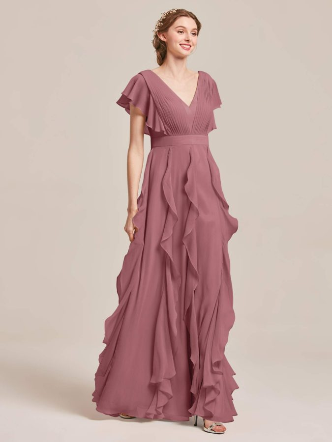 Chiffon-gown-1-675x900 120 Splendid Women's Outfits for Evening Weddings