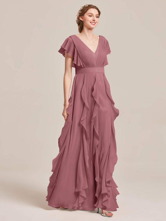 Chiffon-gown-1-675x900 120 Splendid Women's Outfits for Evening Weddings