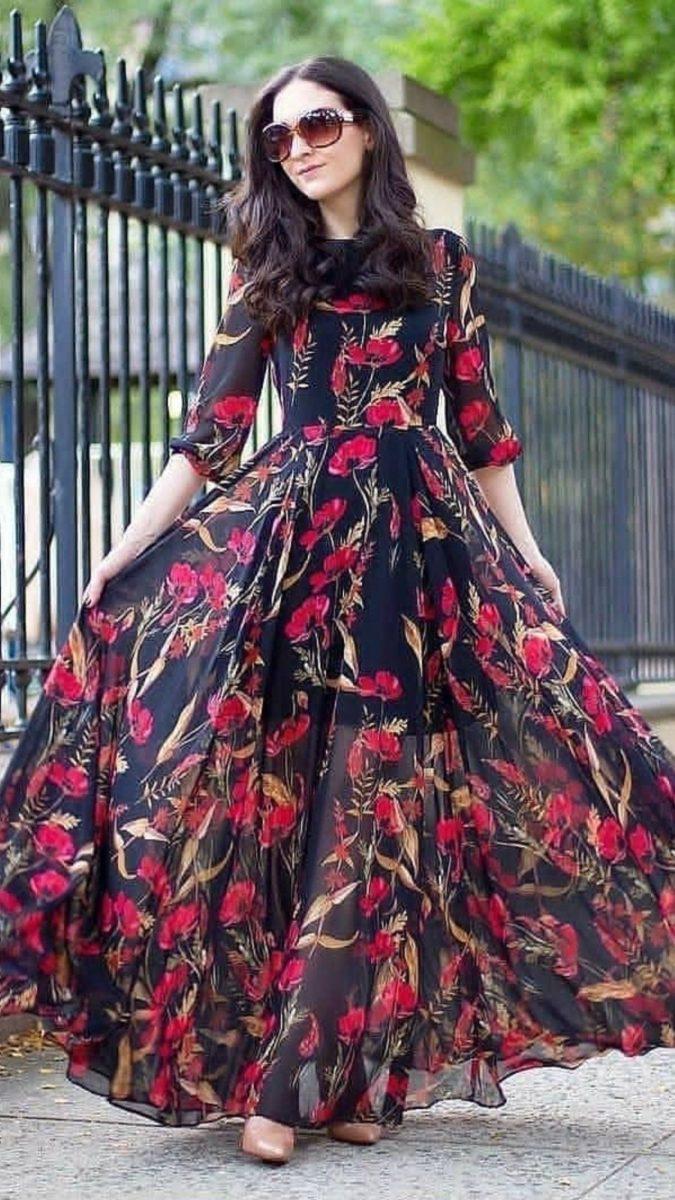 Chiffon-gown..-1-675x1200 120 Splendid Women's Outfits for Evening Weddings