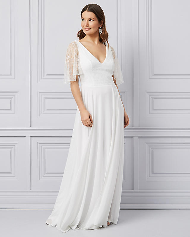 Chiffon-gown. 120 Splendid Women's Outfits for Evening Weddings