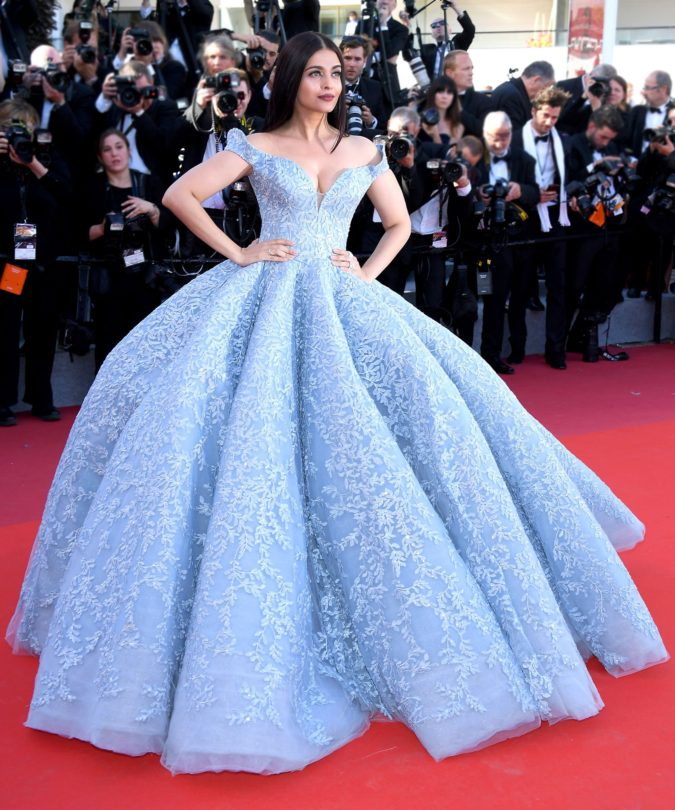 Cinderella-gown-..-675x810 120 Splendid Women's Outfits for Evening Weddings