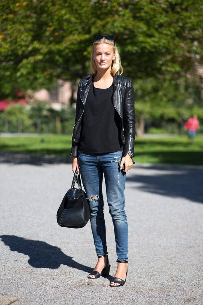 Denim-jeans.-2-675x1013 140 First-Date Outfit Ideas That Make You Special