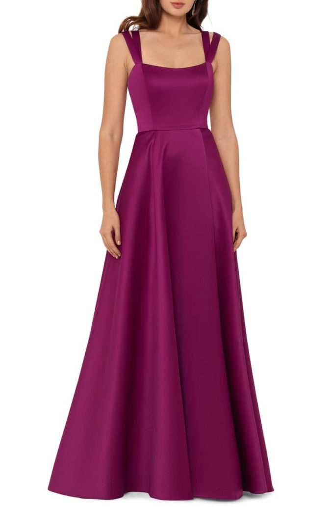 Double-strap-gown.-675x1035 120 Splendid Women's Outfits for Evening Weddings