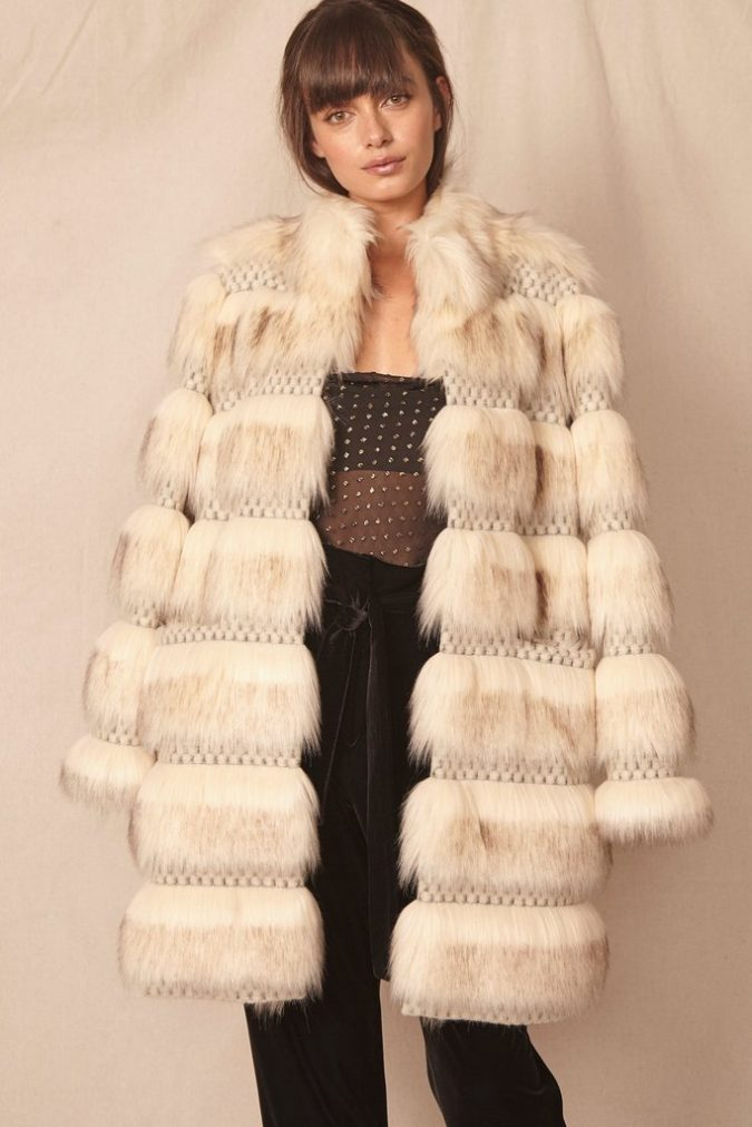 Faux-Fur-Coat.-3-675x1012 140+ Lovely Women's Outfit Ideas for Winter 2020 / 2021