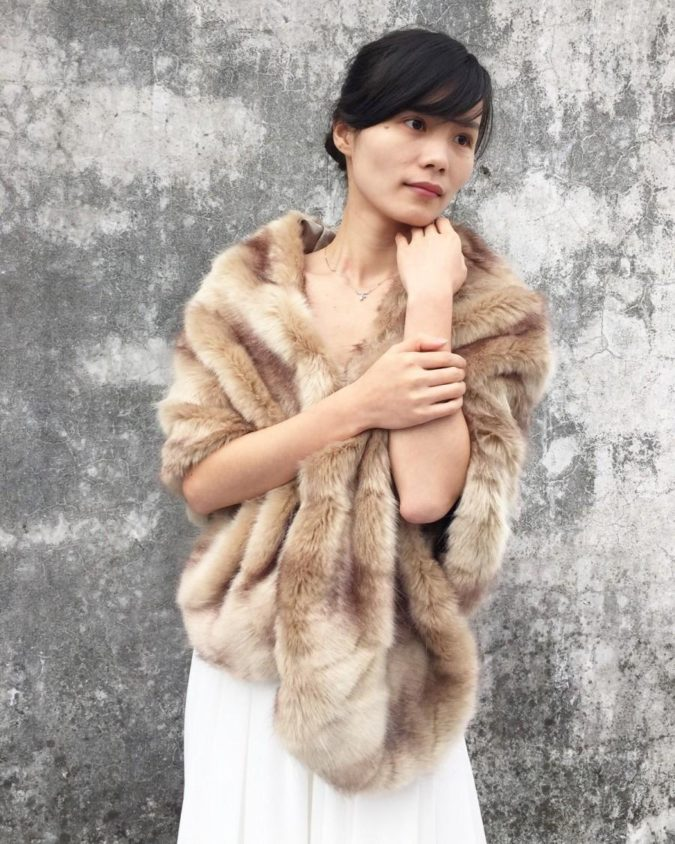 Faux-Fur-Stole-2-675x844 140+ Lovely Women's Outfit Ideas for Winter 2020 / 2021
