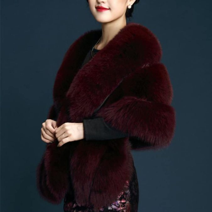 Faux-Fur-Stole..-675x675 140+ Lovely Women's Outfit Ideas for Winter 2020 / 2021