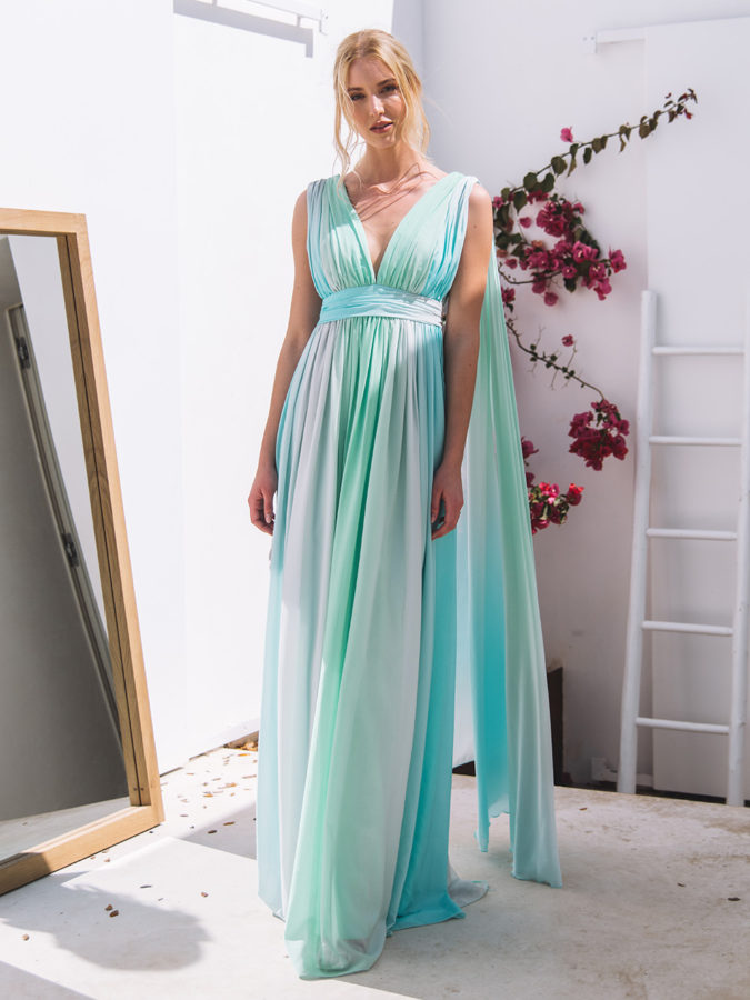 Goddess-dress-.-675x900 120 Splendid Women's Outfits for Evening Weddings