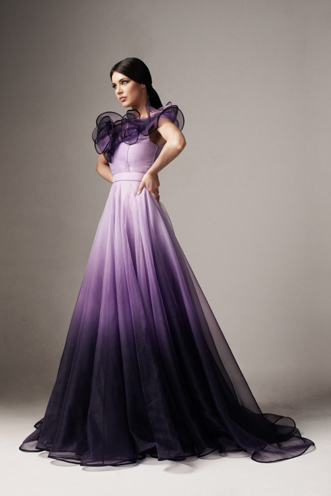 Goddess-dress-..-675x1012 120 Splendid Women's Outfits for Evening Weddings