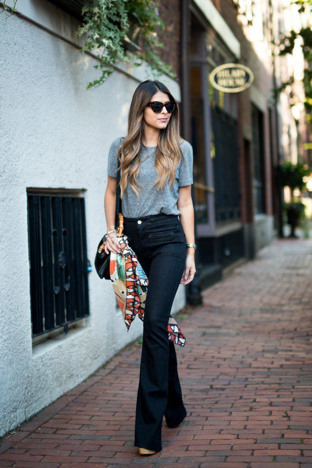 High-waist-jean-and-vintage-Tee-1 140 First-Date Outfit Ideas That Make You Special