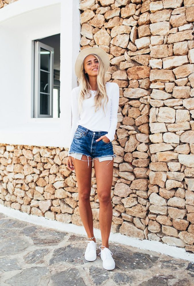 Jeans-short-1-675x995 140 First-Date Outfit Ideas That Make You Special