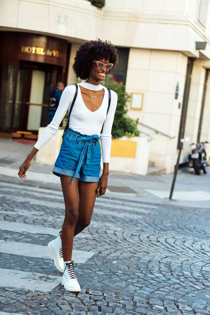 Jeans-short.. 140 First-Date Outfit Ideas That Make You Special
