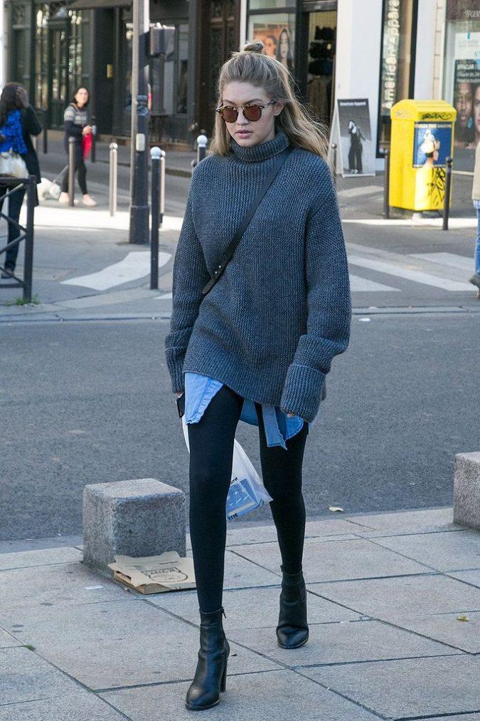 Legging.-1-675x1012 140+ Lovely Women's Outfit Ideas for Winter 2020 / 2021