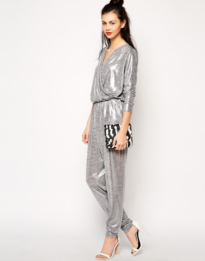 Long-sleeve-jumpsuit-1-675x861 120+ Breathtaking Birthday Party Outfits for Ladies