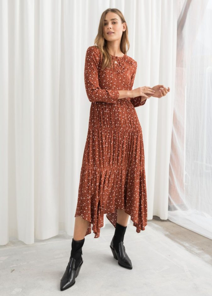 Long-sleeve-midi-dress.-1-675x944 140+ Lovely Women's Outfit Ideas for Winter 2020 / 2021