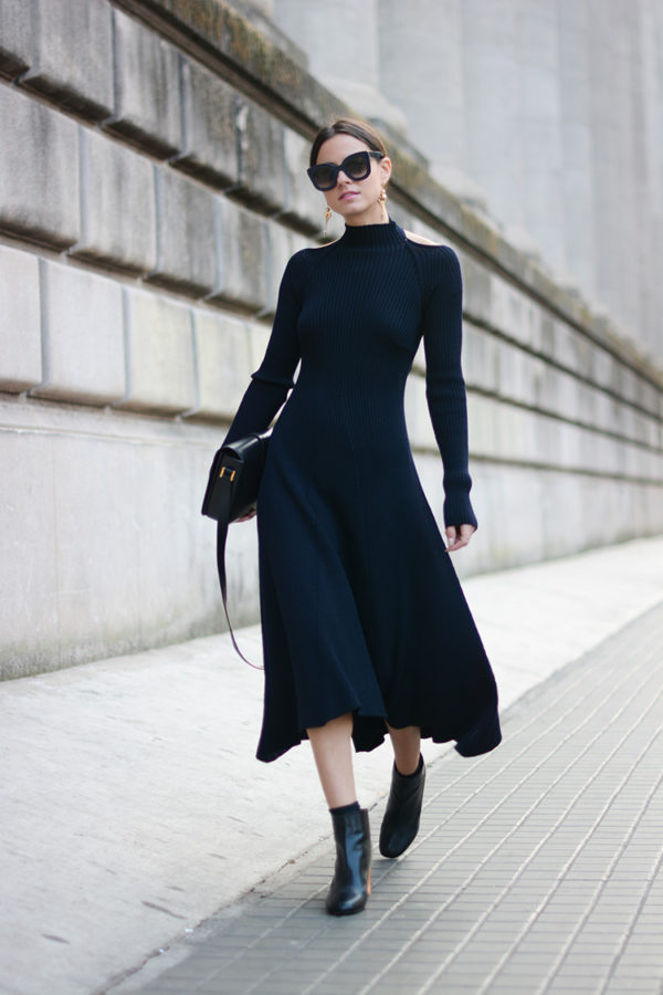 Long-sleeve-midi-dress. 140+ Lovely Women's Outfit Ideas for Winter 2020 / 2021