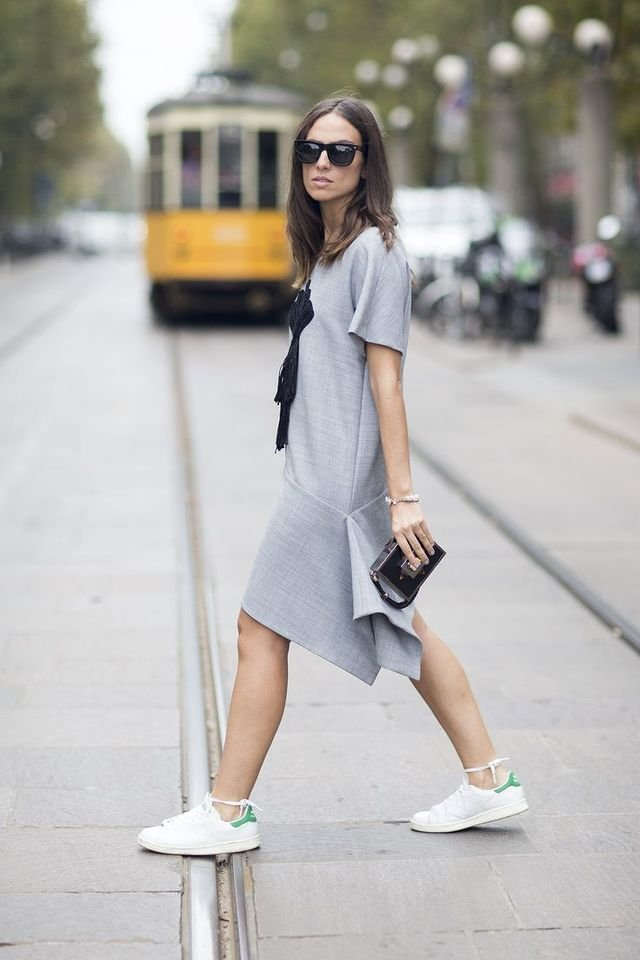 Midi-dress-1 140 First-Date Outfit Ideas That Make You Special