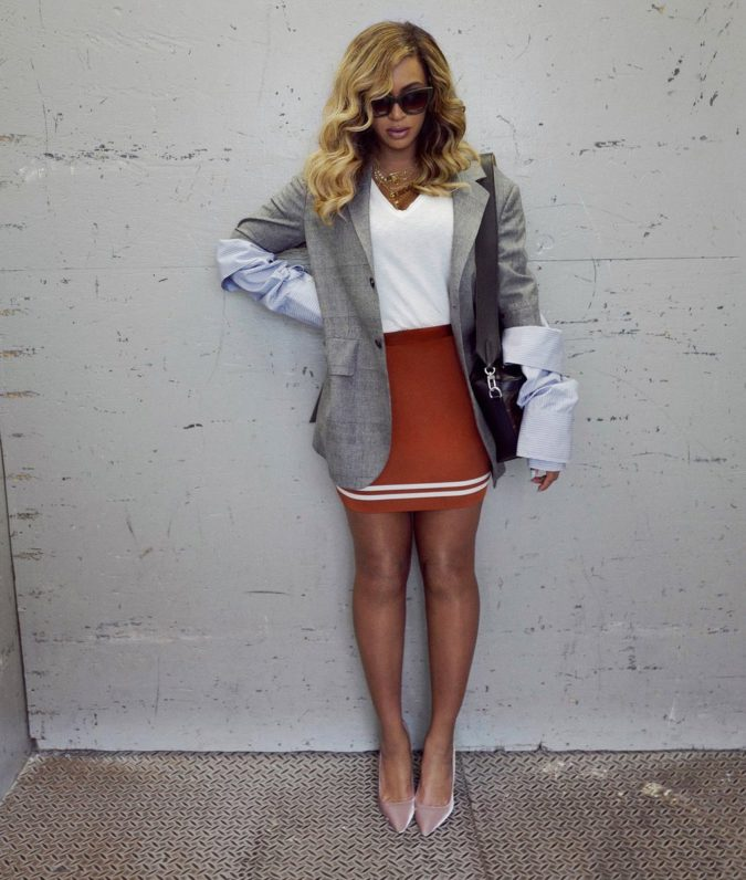 Mini-skirt-and-casual-jacket-675x796 140 First-Date Outfit Ideas That Make You Special