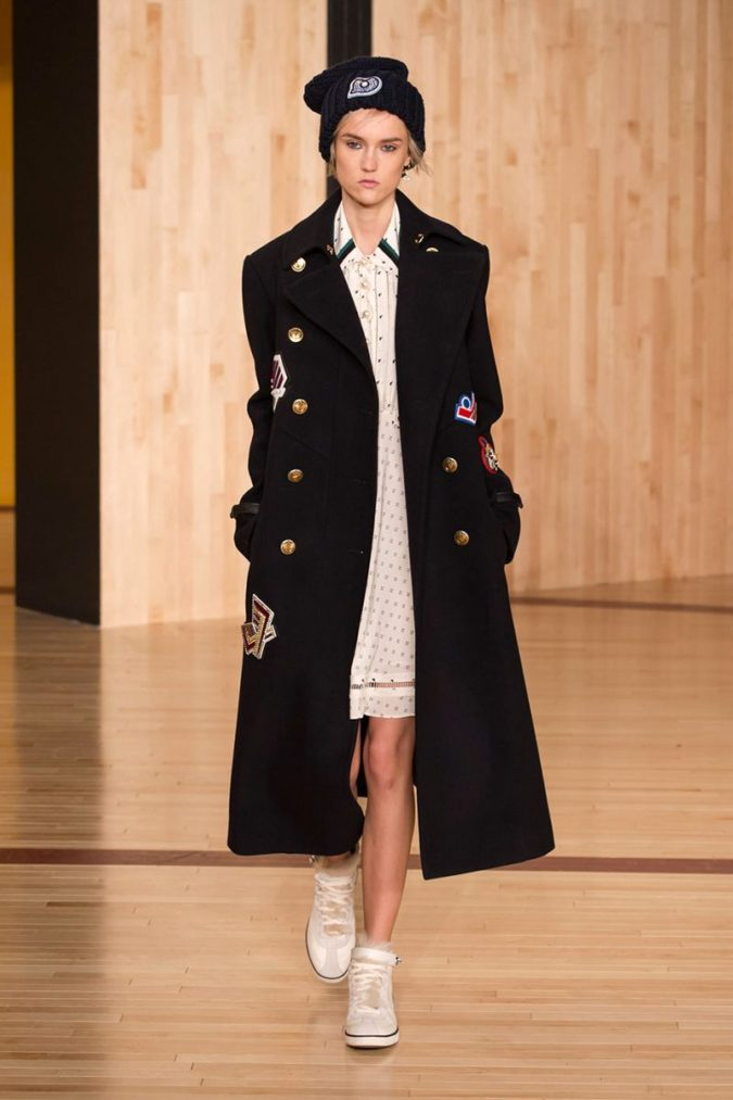 Navy-overcoats..-675x1013 140+ Lovely Women's Outfit Ideas for Winter 2020 / 2021