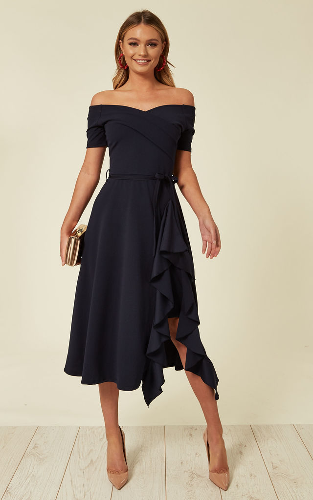 Off-shoulder-dress- 120+ Breathtaking Birthday Party Outfits for Ladies