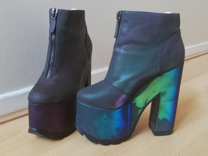 Platform-Boots.-2-675x506 140+ Lovely Women's Outfit Ideas for Winter 2020 / 2021