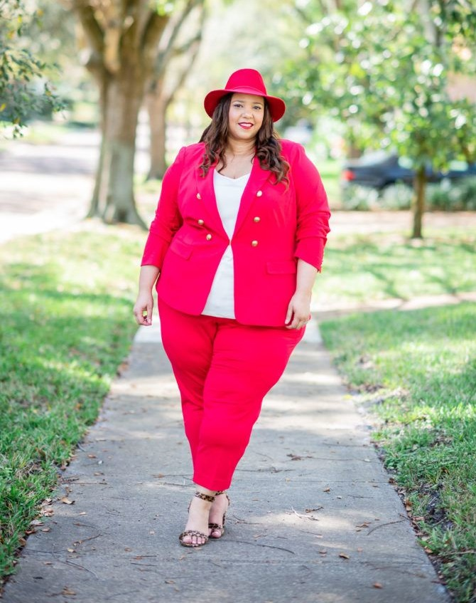 Plus-size-suit-.-1 120+ Breathtaking Birthday Party Outfits for Ladies