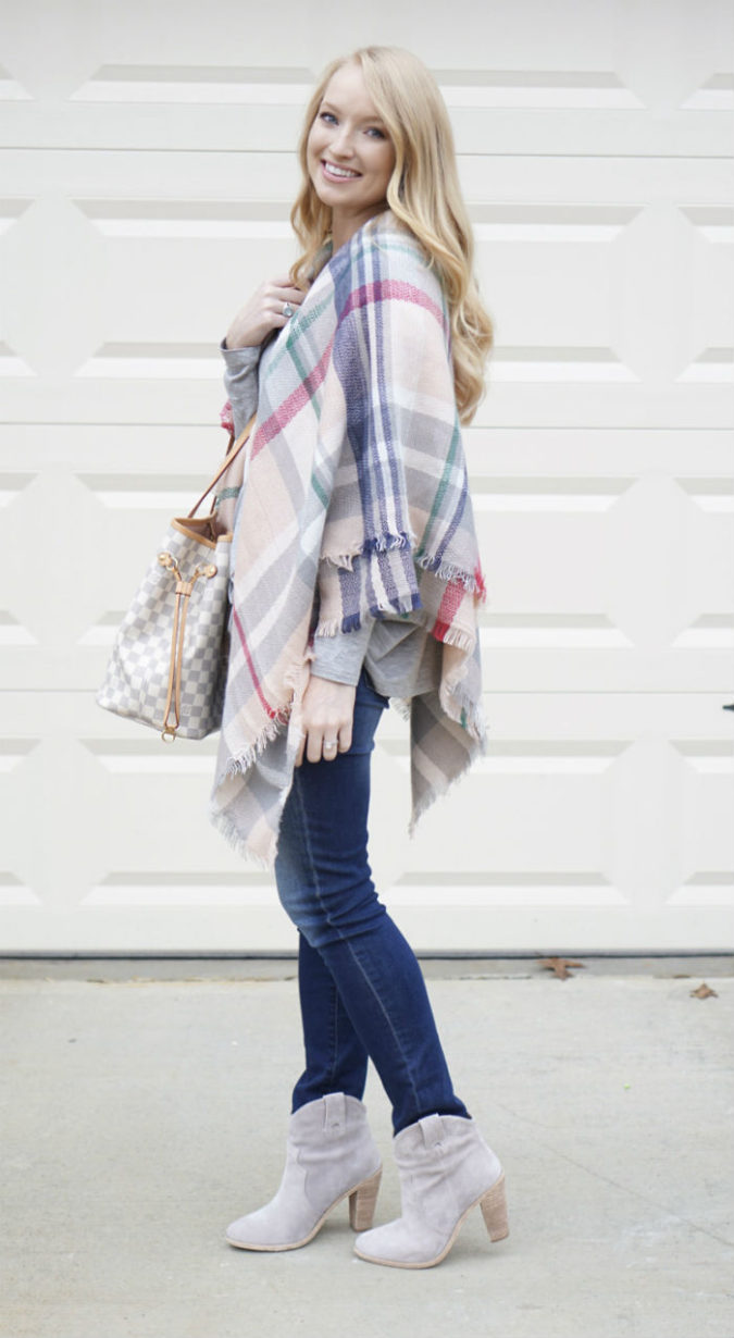 Poncho-jacket-and-jeans..-2-675x1230 140+ Lovely Women's Outfit Ideas for Winter 2020 / 2021