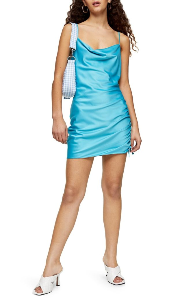 Satin-mini-slip-dress-1-675x1035 120 Splendid Women's Outfits for Evening Weddings