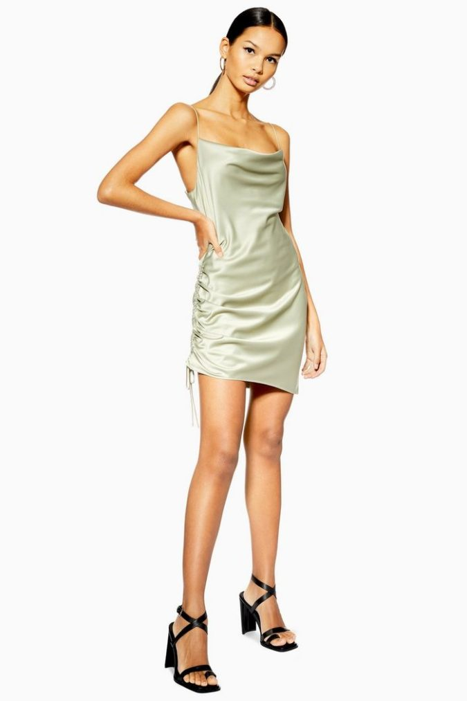 Satin-mini-slip-dress-e1602522984835-675x1013 120 Splendid Women's Outfits for Evening Weddings