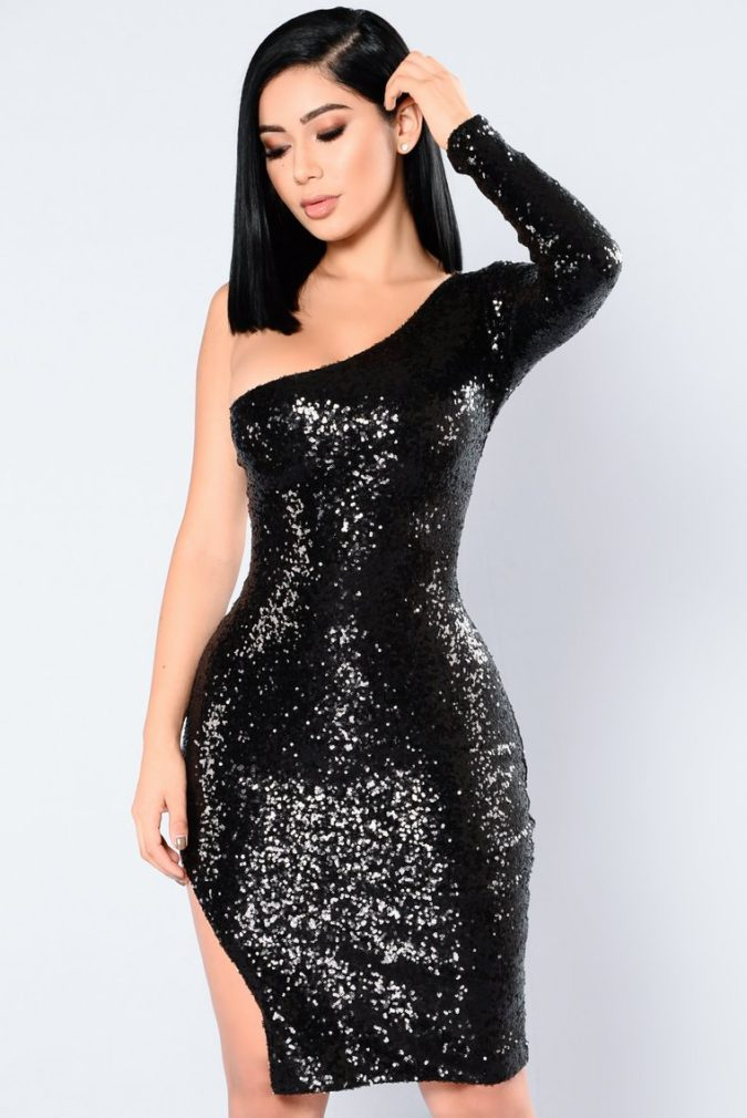 Sequin-dress..-1-675x1010 120+ Breathtaking Birthday Party Outfits for Ladies