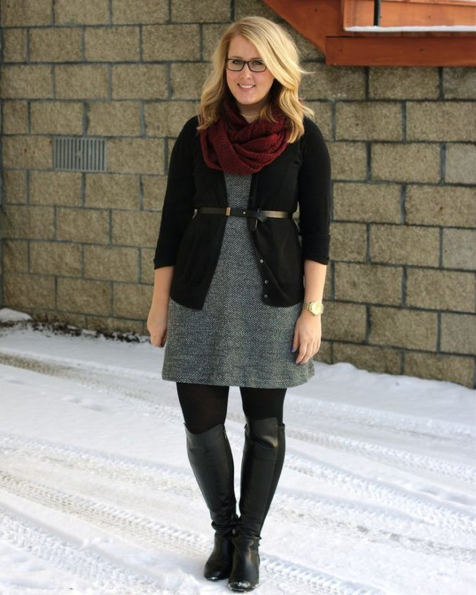 Suit-scarves-and-pants.-675x844 115+ Elegant Work Outfit Ideas for Plus Size Ladies