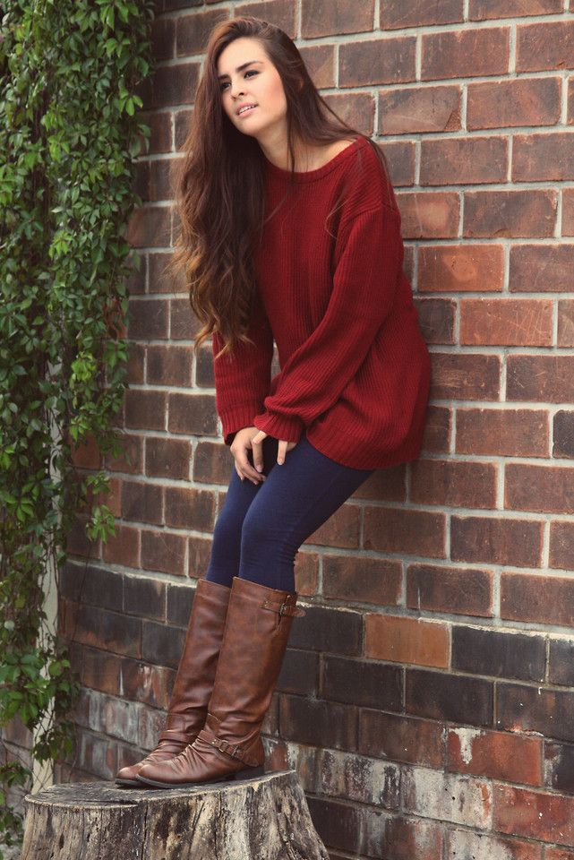 Sweater-and-boots-1 140+ Lovely Women's Outfit Ideas for Winter 2020 / 2021