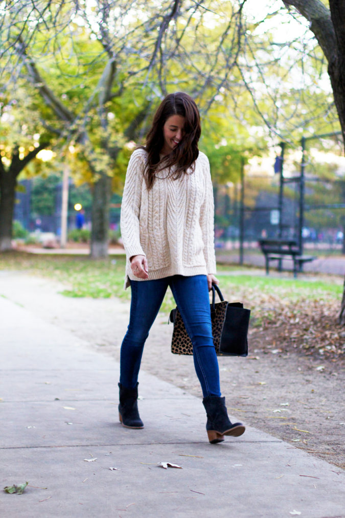 Sweater-and-boots-675x1013 140+ Lovely Women's Outfit Ideas for Winter 2020 / 2021