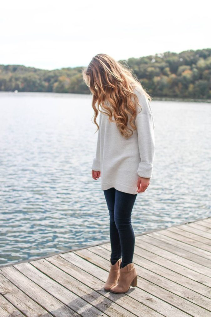 Sweater-and-boots.-3-e1601771227401-675x1013 140+ Lovely Women's Outfit Ideas for Winter 2020 / 2021