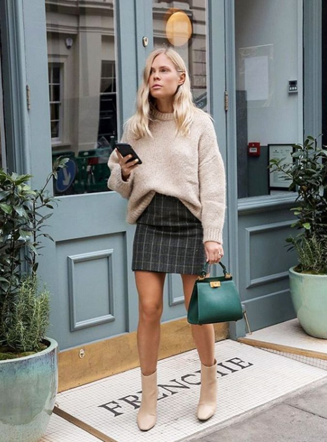 Sweater-with-skirt-2-675x911 140 First-Date Outfit Ideas That Make You Special
