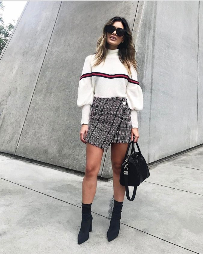 Sweater-with-skirt..-675x843 140 First-Date Outfit Ideas That Make You Special