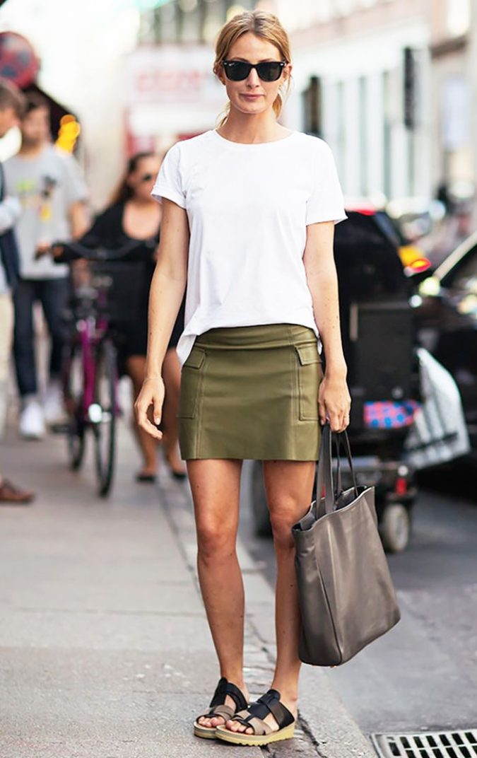 T-shirt-and-miniskirt..-2-675x1072 140 First-Date Outfit Ideas That Make You Special