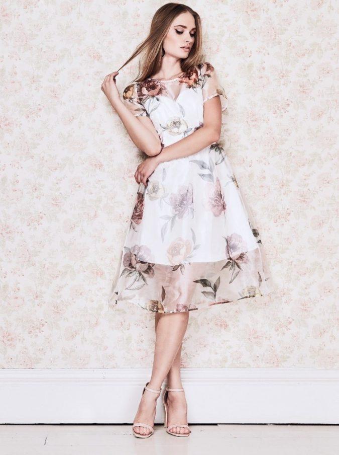 The-rose-design-dress.-675x904 120 Splendid Women's Outfits for Evening Weddings