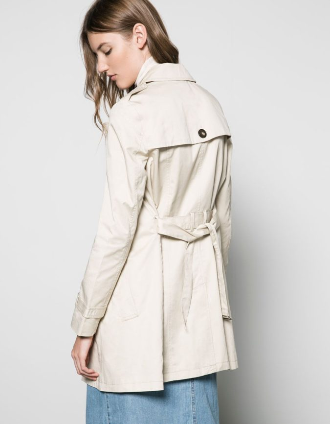 Trench-coat-1-675x866 140+ Lovely Women's Outfit Ideas for Winter 2020 / 2021