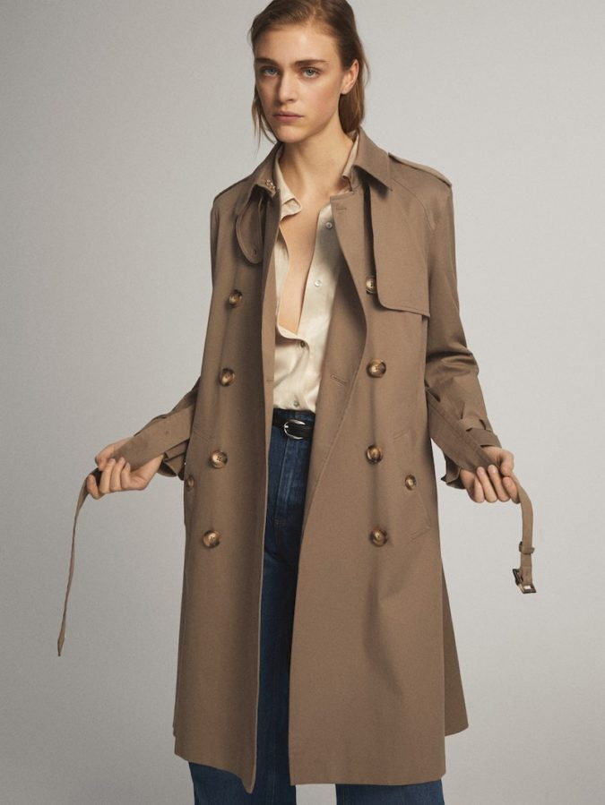 Trench-coat-2-675x899 140+ Lovely Women's Outfit Ideas for Winter 2020 / 2021