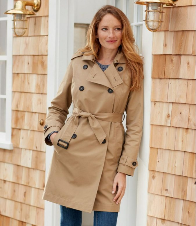 Trench-coat..-675x778 140+ Lovely Women's Outfit Ideas for Winter 2020 / 2021