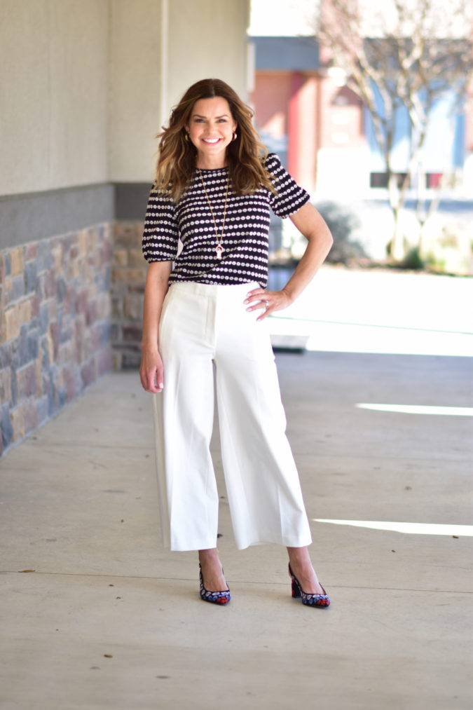 Wide-leg-pants-675x1013 140 First-Date Outfit Ideas That Make You Special