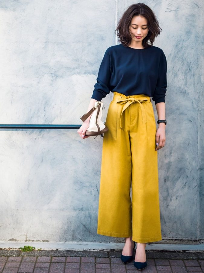 Wide-leg-pants.-675x900 140 First-Date Outfit Ideas That Make You Special